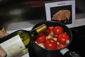 Vegetable soup, en étapes, a splash of white wine