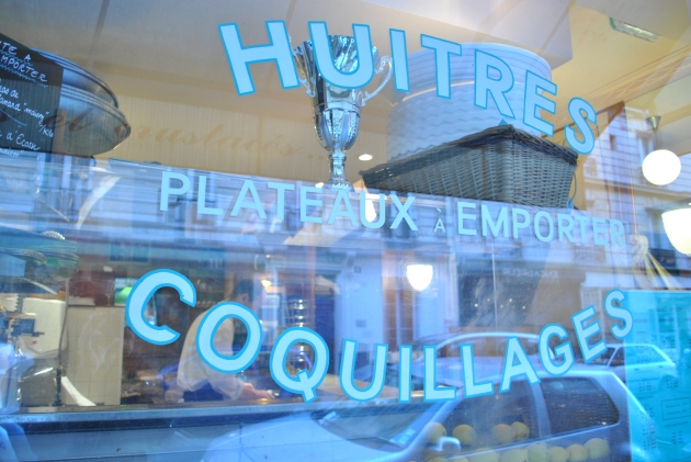 Lovely seafood restaurant next to Le Bistrot Paul Bert